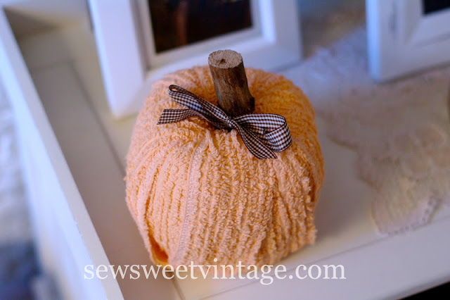DIY Chenille Pumpkin