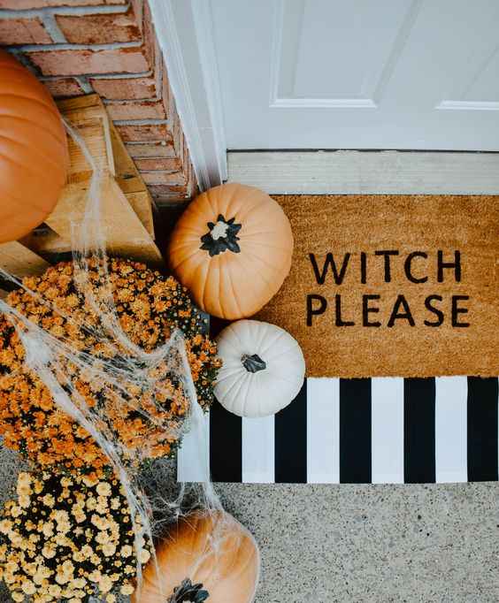"Witch Please Doormat - Who loves a ""punny"" door mat? These DIY Halloween Door Mats were so fun, easy, and inexpensive to make, y'all are going to love this super easy DIY tutorial."