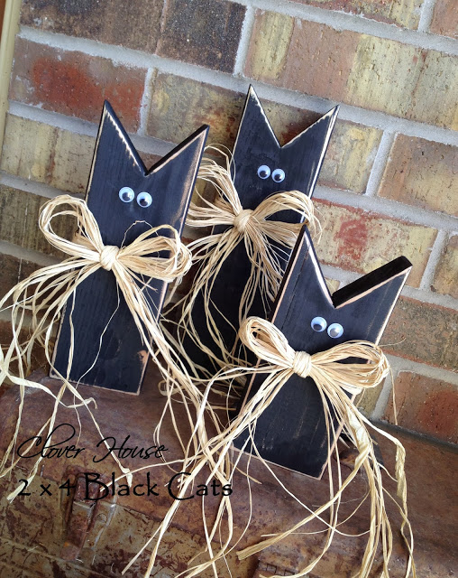 Wooden Black Cats for Halloween