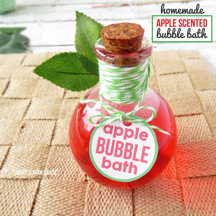 Homemade Apple Scented Bubble Bath