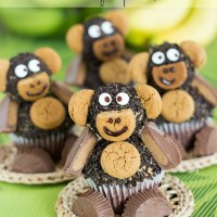 Nutella Peanut Butter Monkey Cupcakes