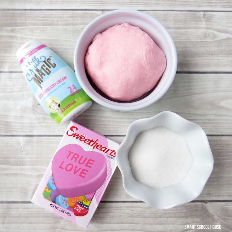 Strawberry Cream Valentine Melts