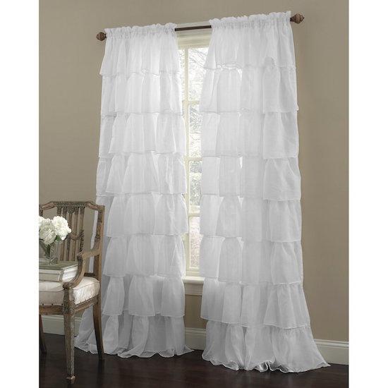 White ruffled curtaines