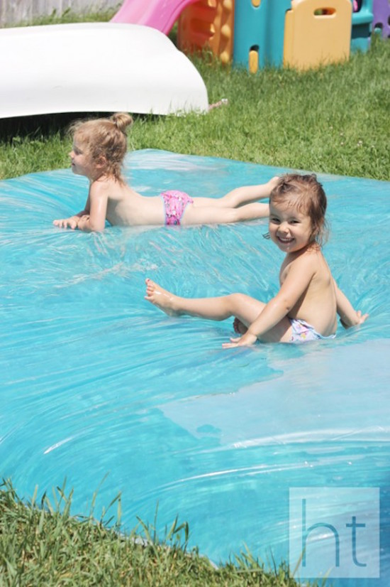 How to make a huge water blob for your kids to play on outside PLUS 9 other super smart DIY Splash Park Hacks