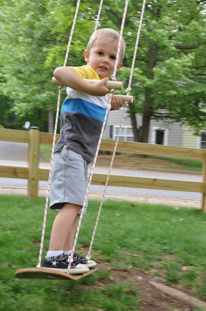 Show your kids how to make a swing out of a skateboard. Boys and girls would love this!