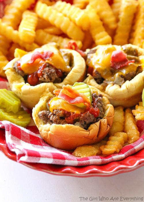 Muffin tin bacon cheeseburger recipe - perfect for summer!