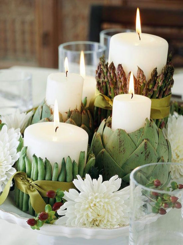 Give your table a festive look with a pretty centerpiece that's perfect for fall gatherings. Incorporate natural and faux elements into your decor for a festive and bright fall table.