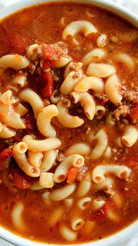 Classic Beef & Tomato Macaroni Soup ~ Perfect comfort food!