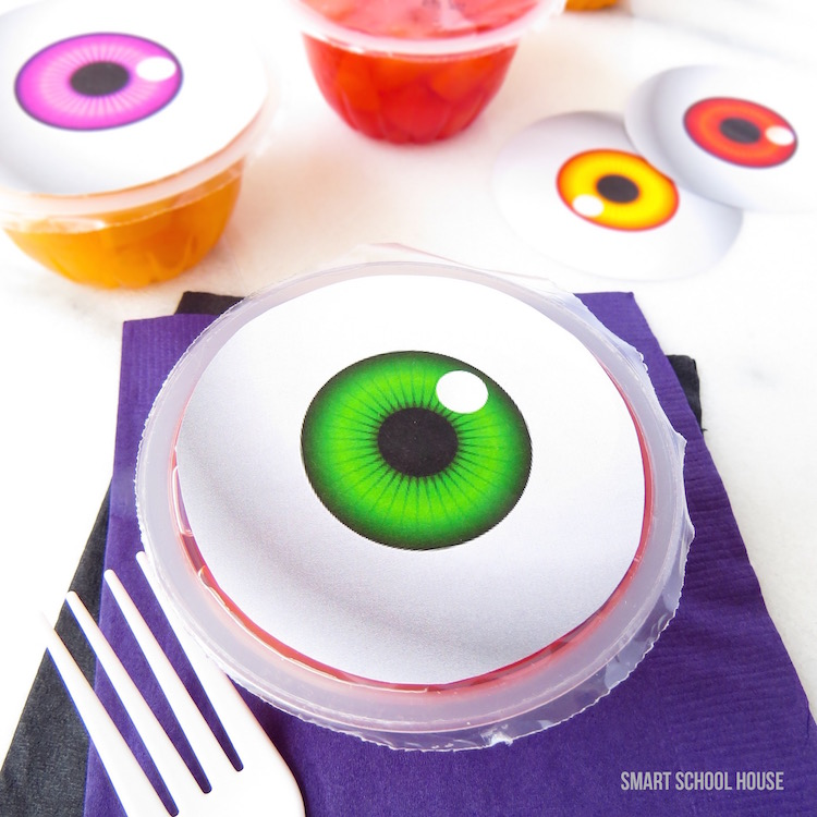 Spooky Eyeball Fruit Cups (free printable)