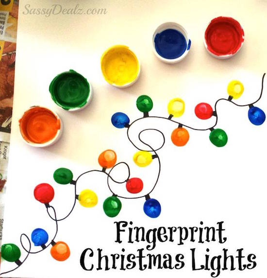Dot, dot, not a lot! Show your kids how to take their tiny little fingers to make these festive Christmas lights! I love that this project isn't a big mess (I'm busy enough during the holidays and cleaning up paint everywhere is no fun).