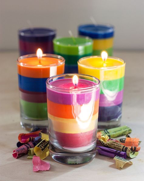DIY Rainbow Candle Tutorial (this is really pretty!)