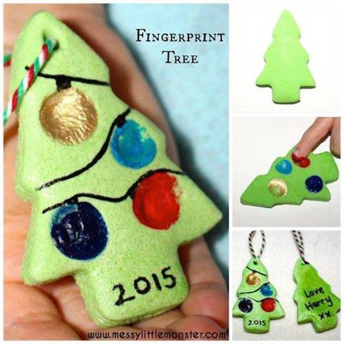 Fingerprint Christmas Tree - Why haven't I thought of this before? CUTE!