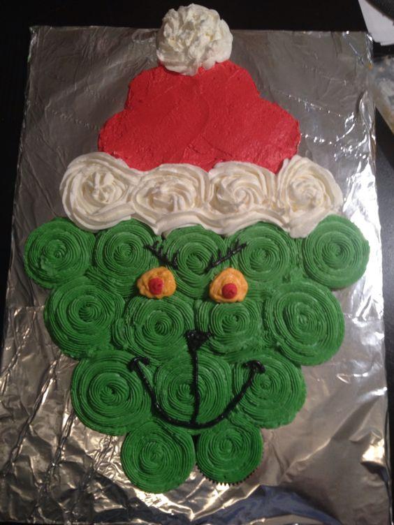 Grinch pull apart cupcake cake