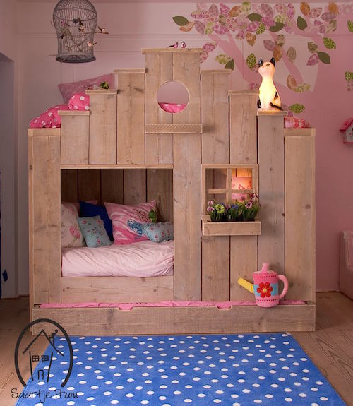 Wood Pallet Beds and Gorgeous Wood Ideas on Pallet Bed Room  id=32690