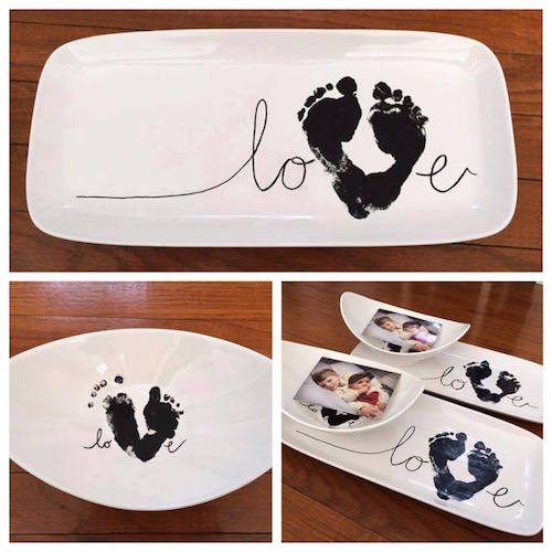 Have a little one around this Valentine's Day? Make one of these Baby Footprint Love plates!