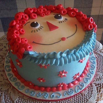 Raggedy Ann Cake - what a cute cake idea!