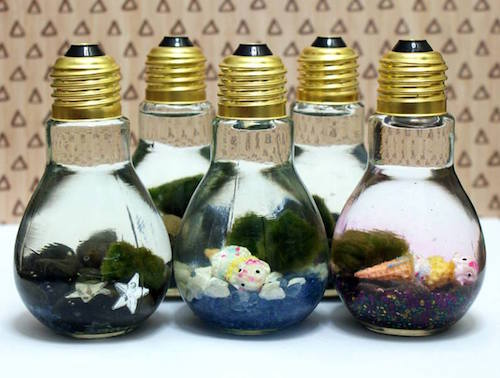 HOW TO MAKE A LIGHT BULB AQUARIUM - these are so neat!