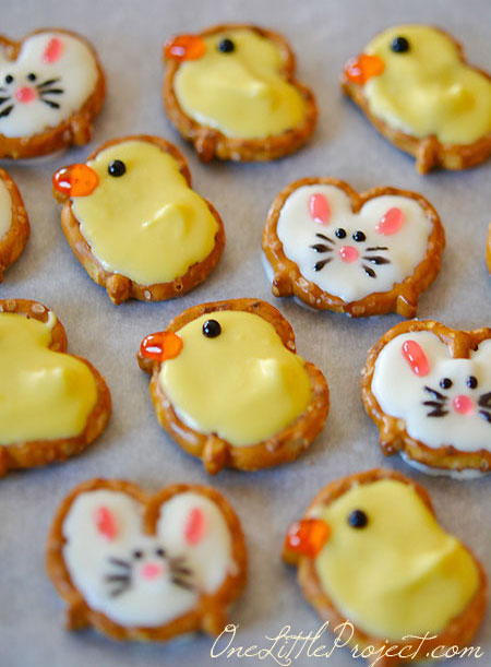 Easter bunnies and chicks made from pretzels! How adorable -