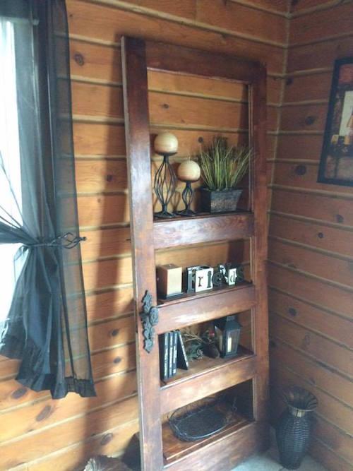 Turn an old door into a beautiful rustic shelf - Great idea!