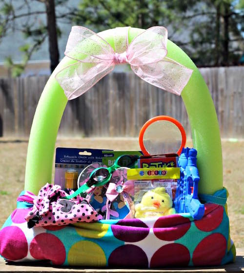 Pool noodle +beach towel = Easter basket! What a smart idea!