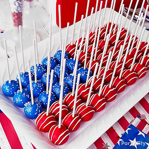 Patriotic cake pops - this is such a great idea to make for Memorial Day or July 4th...SO easy!
