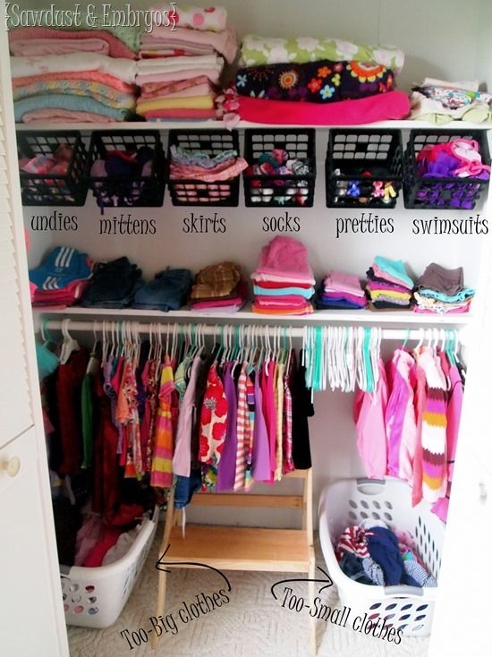 Genius girls closet organization ideas! When everything has a place, it's SO much easier to keep things clean... for mom AND kids!
