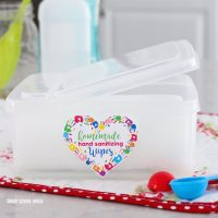 Homemade Hand Sanitizing Wipes