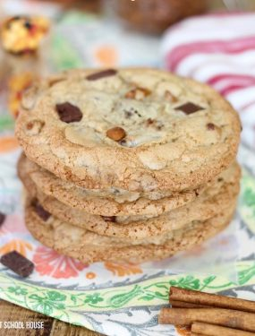 Pumpkin Spice Cinnamon Chip Cookies are the perfect Fall Cookies and a wonderful choice for a Cookie Exchange. The cookies are deliciously soft and full of that warm pumpkin fall flavor everybody loves which makes it a great Thanksgiving Dessert idea.