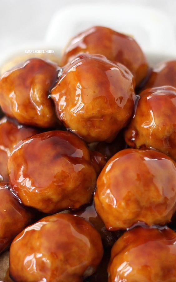 Pineapple Turkey Teriyaki Meatballs - A 30 minute freezer meal recipe for delicious and EXTRA juicy meatballs with an irresistible teriyaki glaze sauce. #turkey #turkeyrecipe #meatballrecipe #teriyaki #appetizeridea #freezermeal
