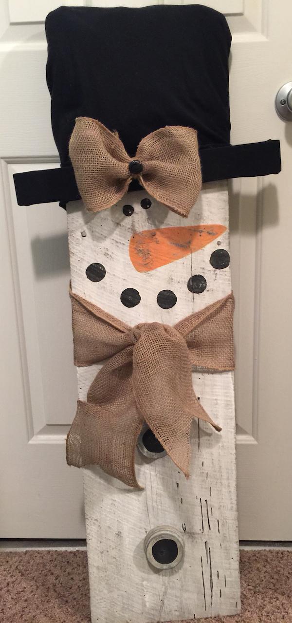 DIY Barn wood snowman.