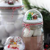 Mason Jar Lid Snow..