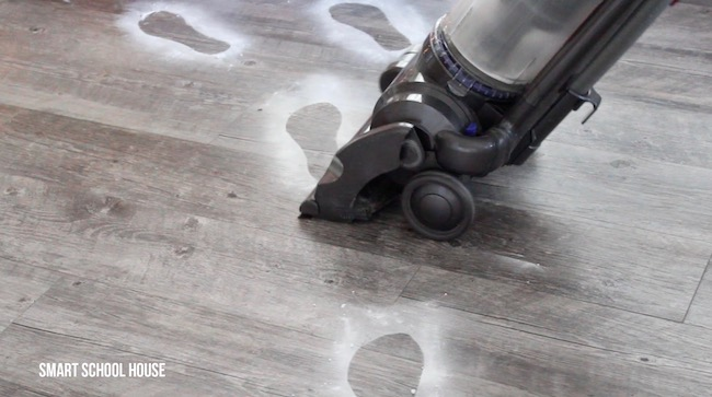 How to make Santa's snow footprints on carpet or hardwood floor. SO EASY!