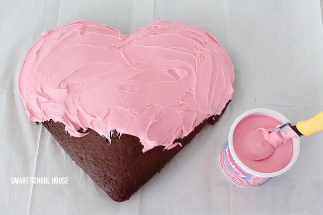 How to make a homemade heart cake