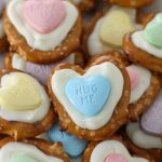 Heart Pretzels for Valentine's Day - so cute and easy!
