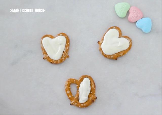 turn pretzels into hearts