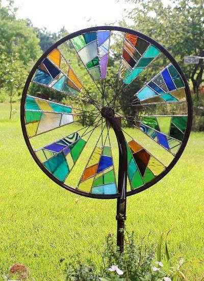 Stained Glass Bicycle Wheel - This would be beautiful in the garden!