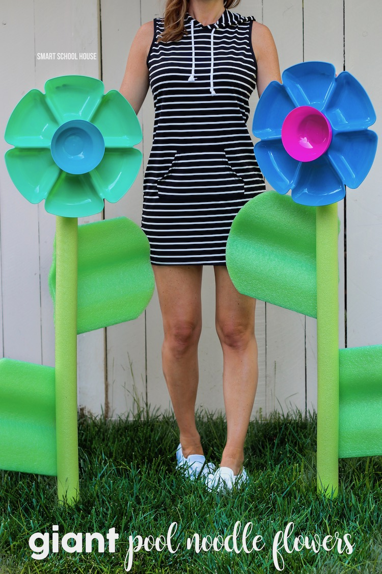 GIANT Pool Noodle Flowers made with a chip dip tray and a bowl!