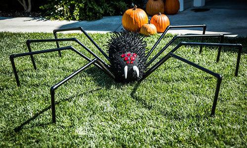 Styrofoam Spider - DIY Halloween Decorations