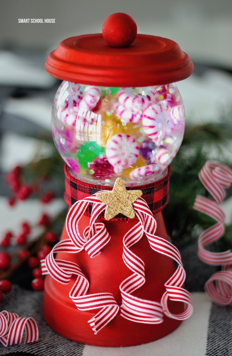 Snow Globe Gum Ball Machine - Make a wonderful glittery candy scene built with terra cotta clay pots and small candy ornaments!