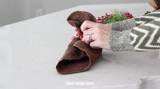 How to make a washcloth reindeer