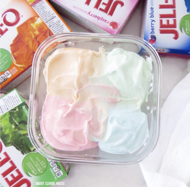 Delicious Jello ice cream that you can make at home with or without an ice cream maker. This ice cream uses only 4 ingredients and is so delicious and creamy it will become a regular favorite on these warm, summer days. #icecream #jelloicecream #homemadeicecream #dessert #creamy #easy #smartschoolhouse