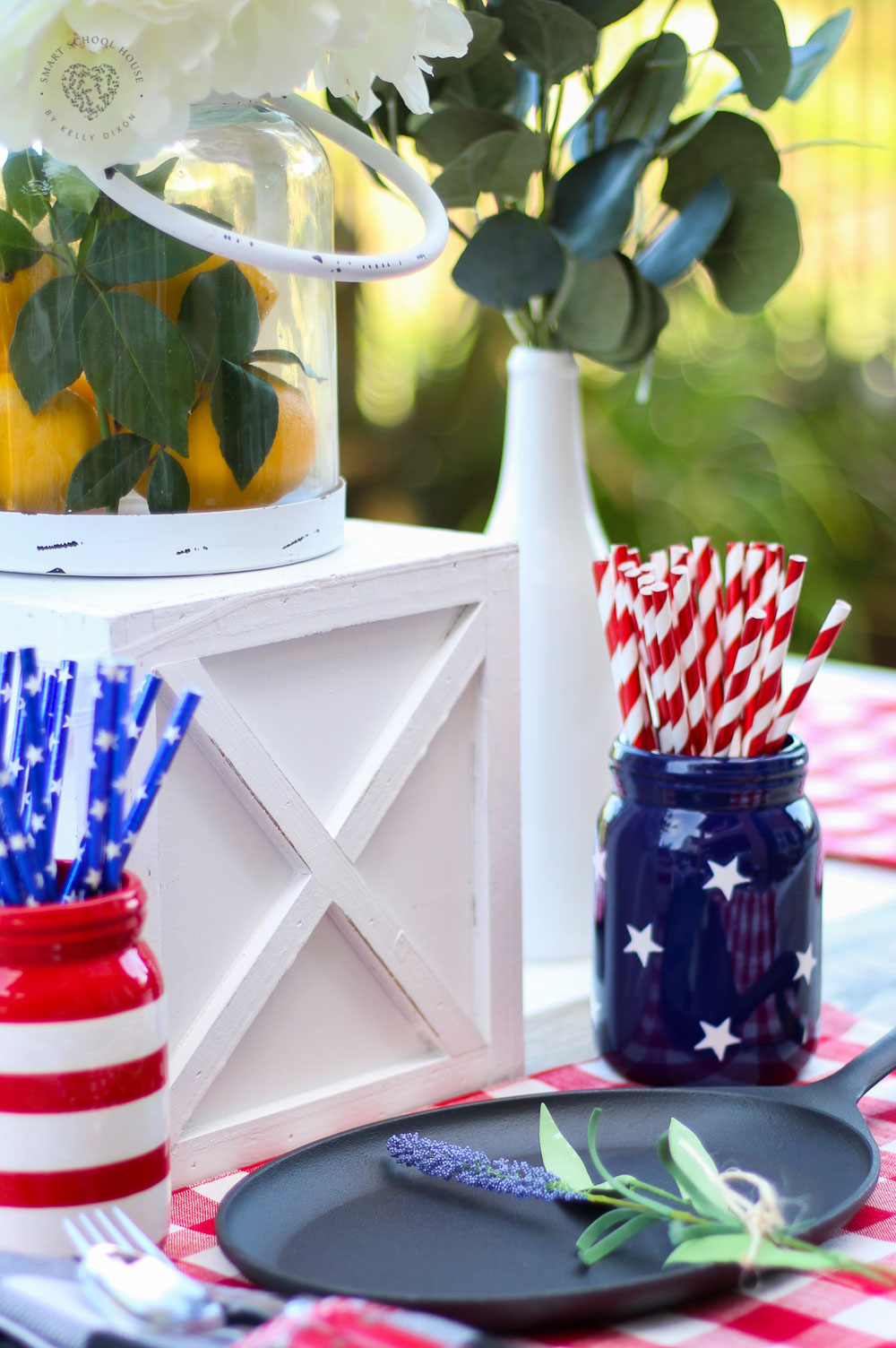 Red, white, and blue party inspiration #redwhiteandblue #centerpiece #farmhousedecor