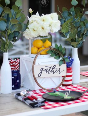 Red, White, and Blue table decorations #redwhiteandblue #centerpiece #farmhousedecor