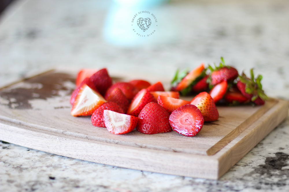 Chocolate Covered Strawberries in an Ice Cube Tray - These cost less than $5 to make! Perfect for entertaining or a night in.
