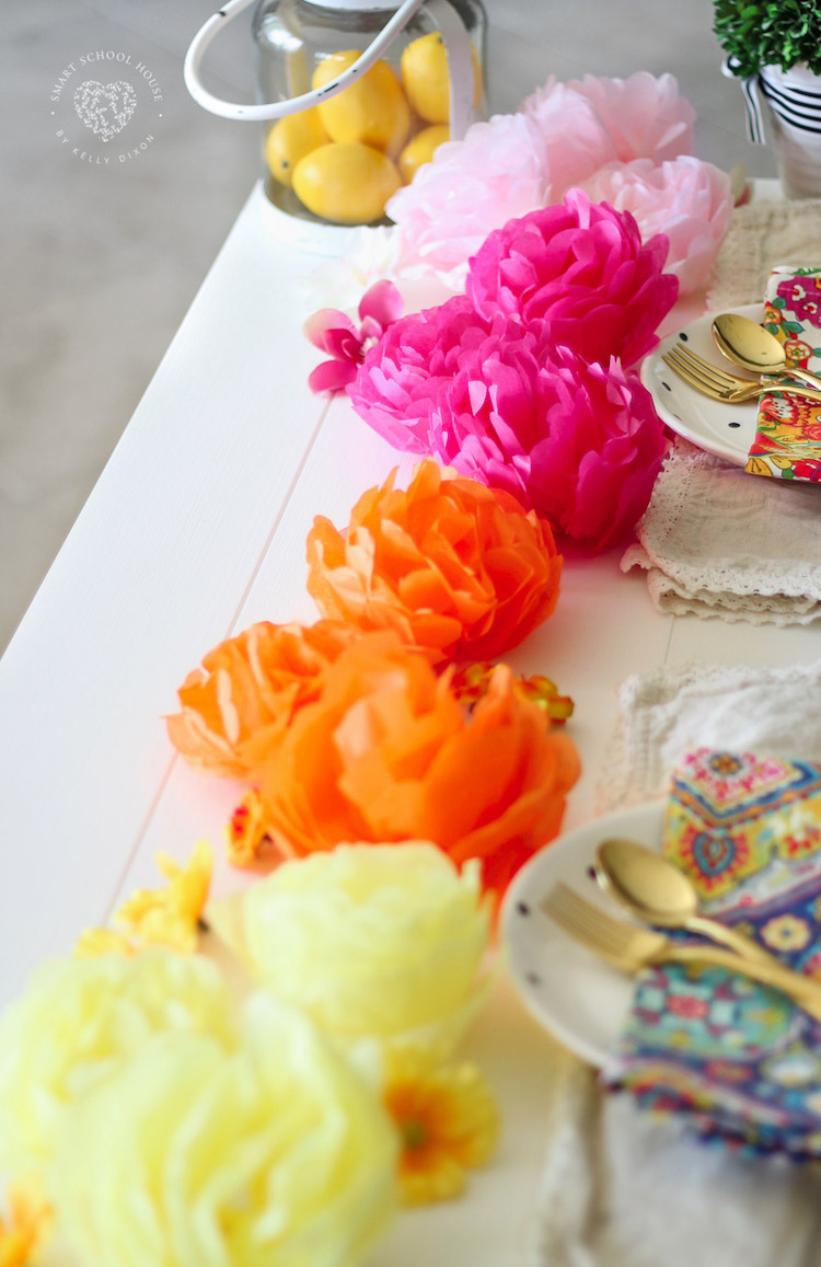 HOW TO MAKE TISSUE PAPER FLOWERS! DIY Tissue Paper Flowers are simple, quick, and inexpensive. They are also a fun craft idea for kids! The also make great decorations and party décor. #tissuepaperflowers #DIYpartydecor #kidscraftideas