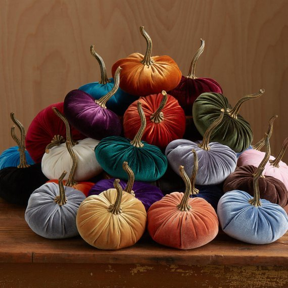 Velvet Pumpkins! #falldecor #falltable #falldecorations #thanksgivingdecor