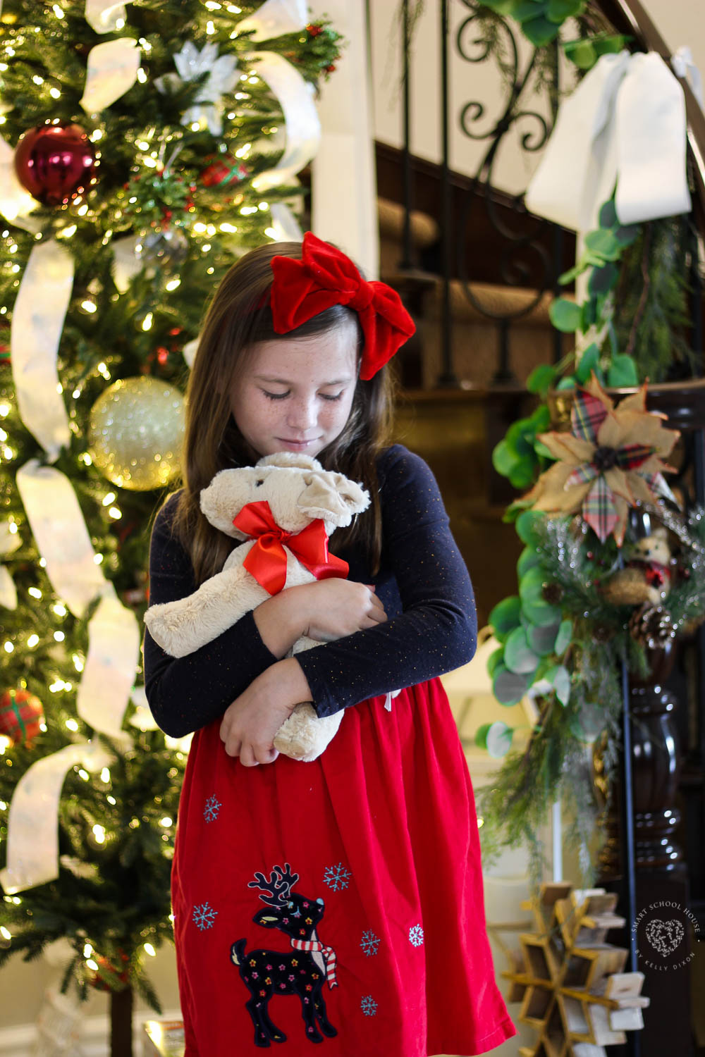 ADORABLE Melissa & Doug Christmas puppy stuffed animal from Kohl's #KohlsToys #KohlsFinds #AD