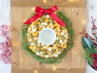 How to Make a Cheese Wreath