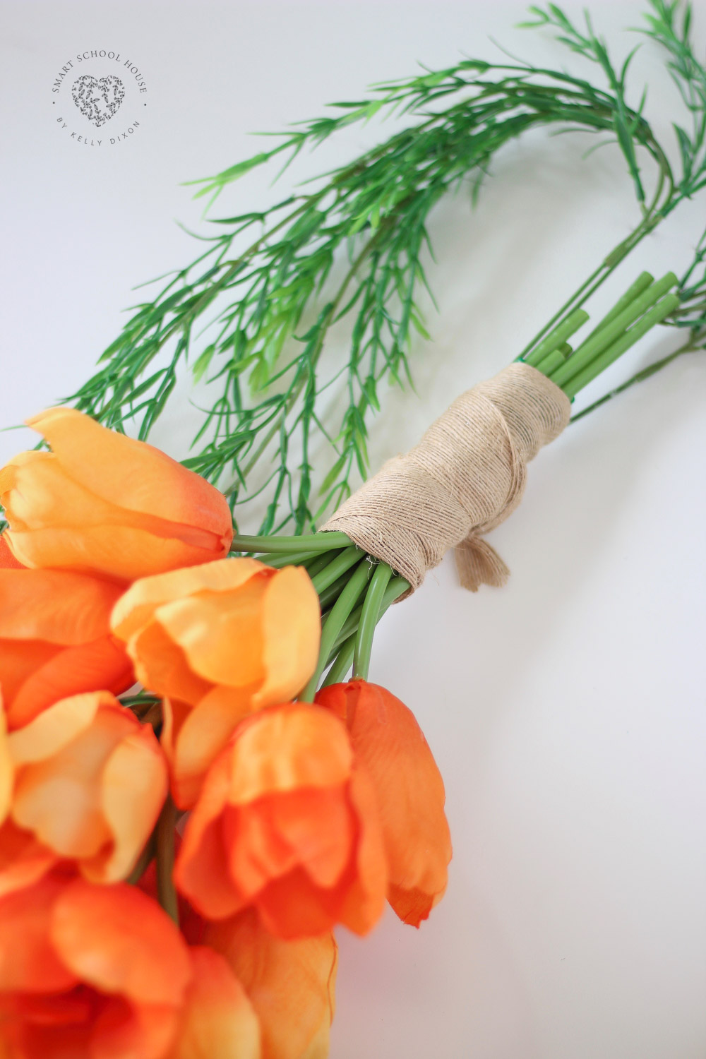 How to make a tulip carrot door hanger