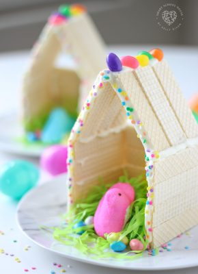 Peeps Houses - a fun Easter craft for kids! #PeepsHouses #Peeps #EasterCraft